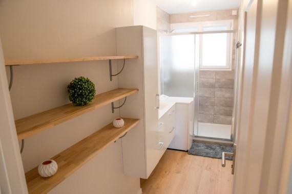 Double vasque, machine à laver et douche de 90x140cm