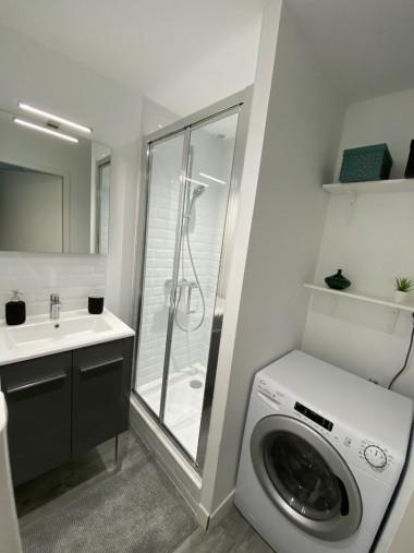 Salle de Douche 1 - Shower Room 1