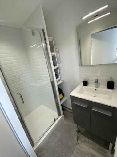 Salle de douche 2 - Shower room 2
